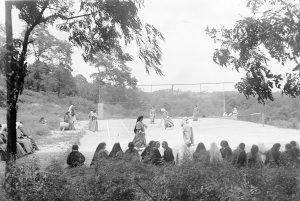 Sisters tennis, Summer 1933