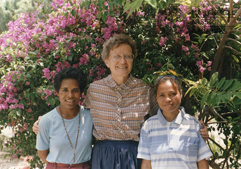 Sr. Rosemary Huber with members of the parish in East Timor