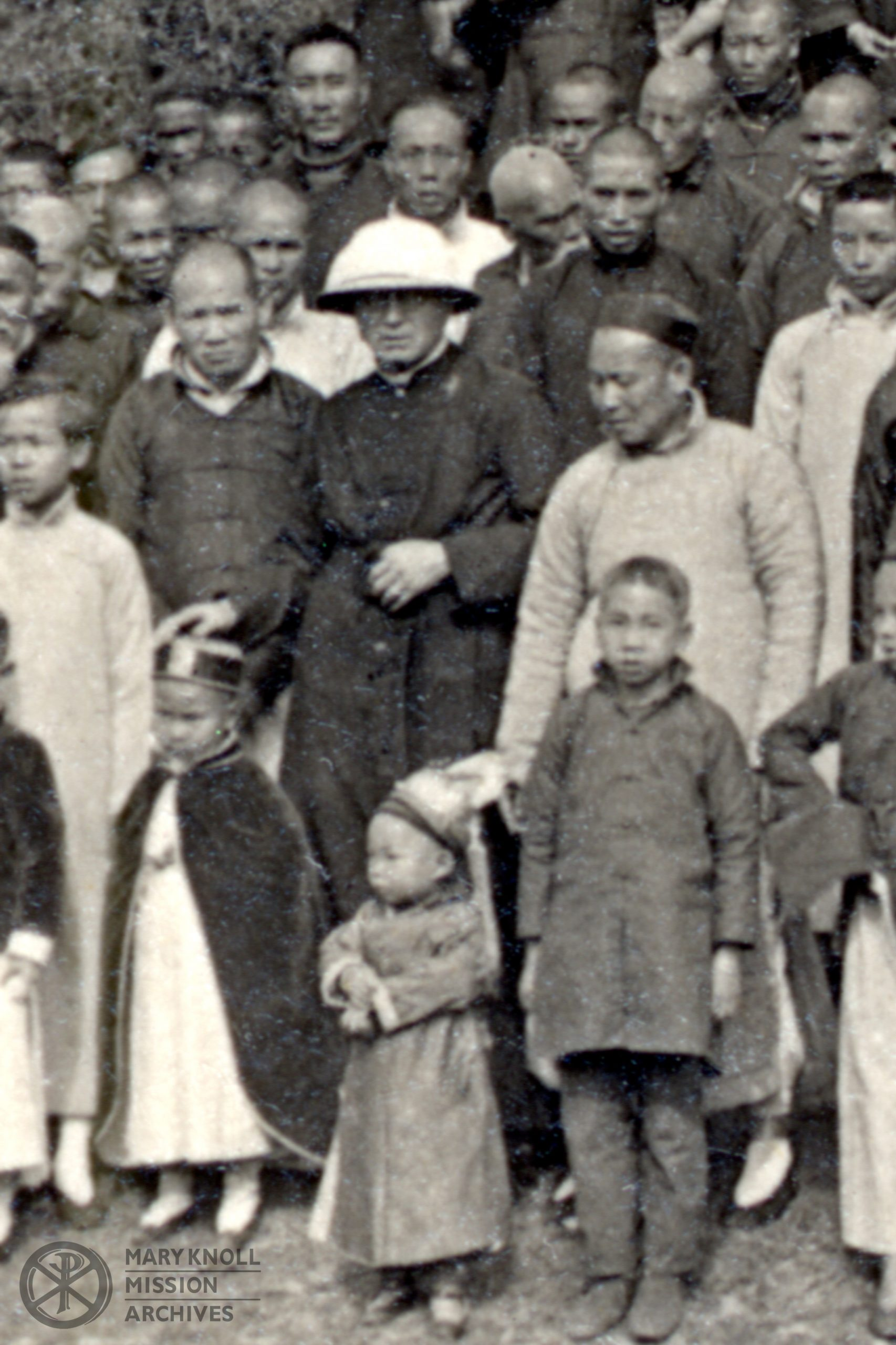 Fr. Thomas Price with the congregation in Yeungkong, 1918