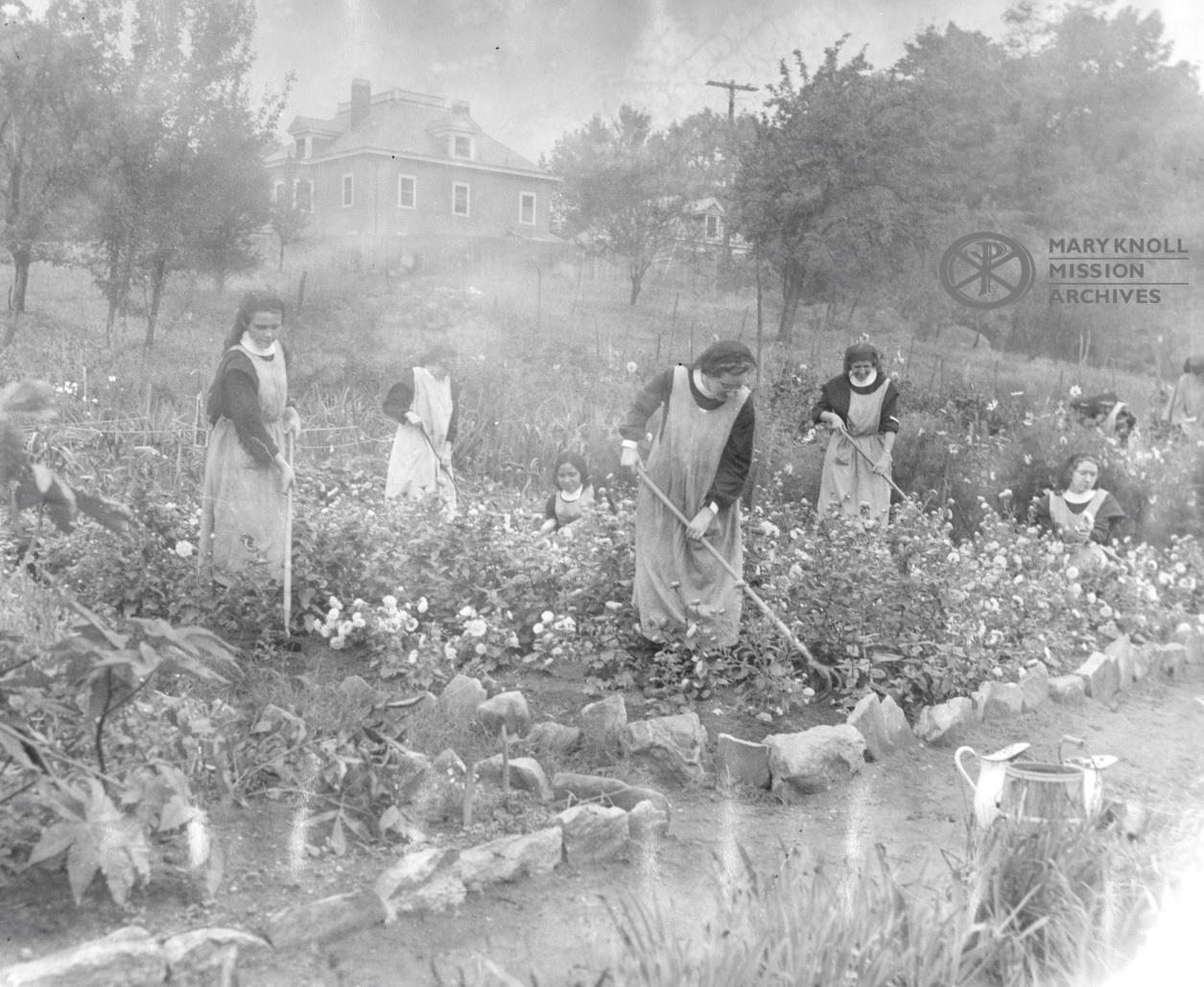 Postulants gardening at the Motherhouse, 1936